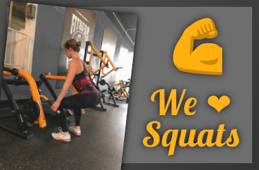 Beintraining an Squats / Lunge Maschine